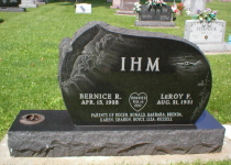 L.Ihm monument (Jet Black)